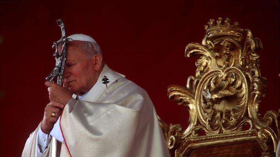 Papa Giovanni Paolo II-ritorno